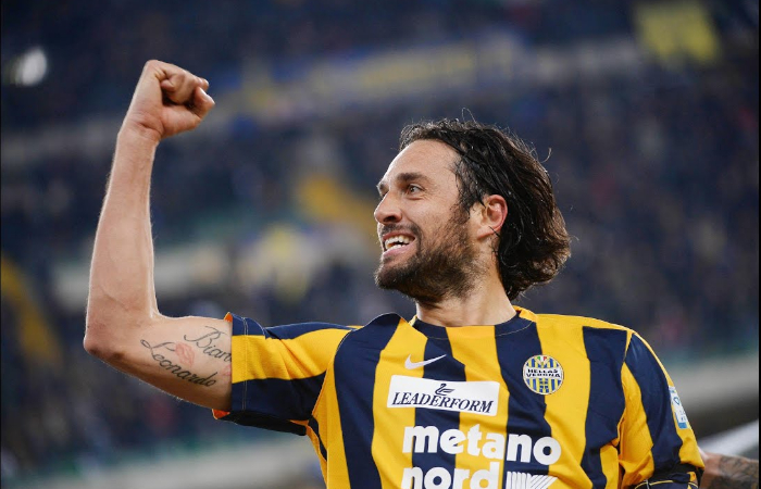 """Il cannoniere """"Numero uno"""" Luca Toni al Verona"""