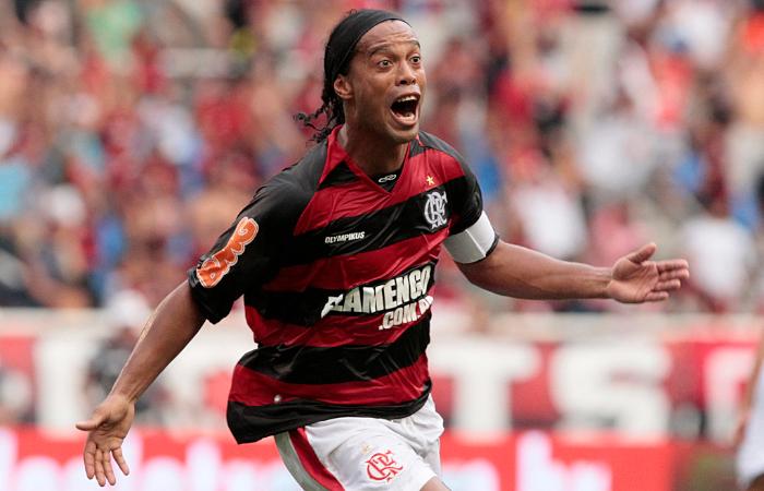 Ronaldinho – Fantasia, sorriso e samba
