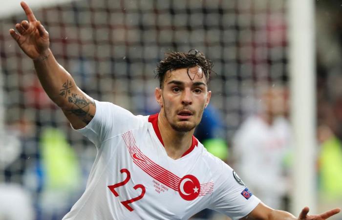 Kaan Ayhan, nuovo acquisto del Sassuolo nel calciomercato estivo