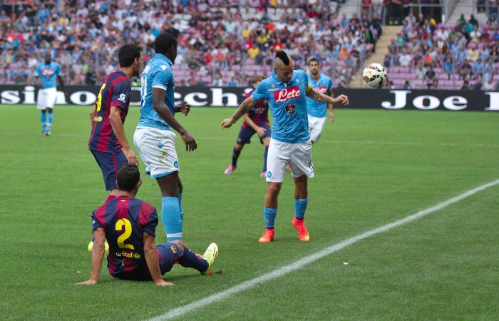 Hamsik in un Barcellona-Napoli del 2014