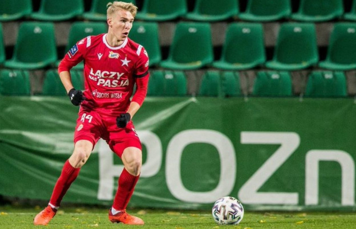 Aleksander Buksa, il nuovo attaccante comprato dal Genoa nel corso del calciomercato estivo